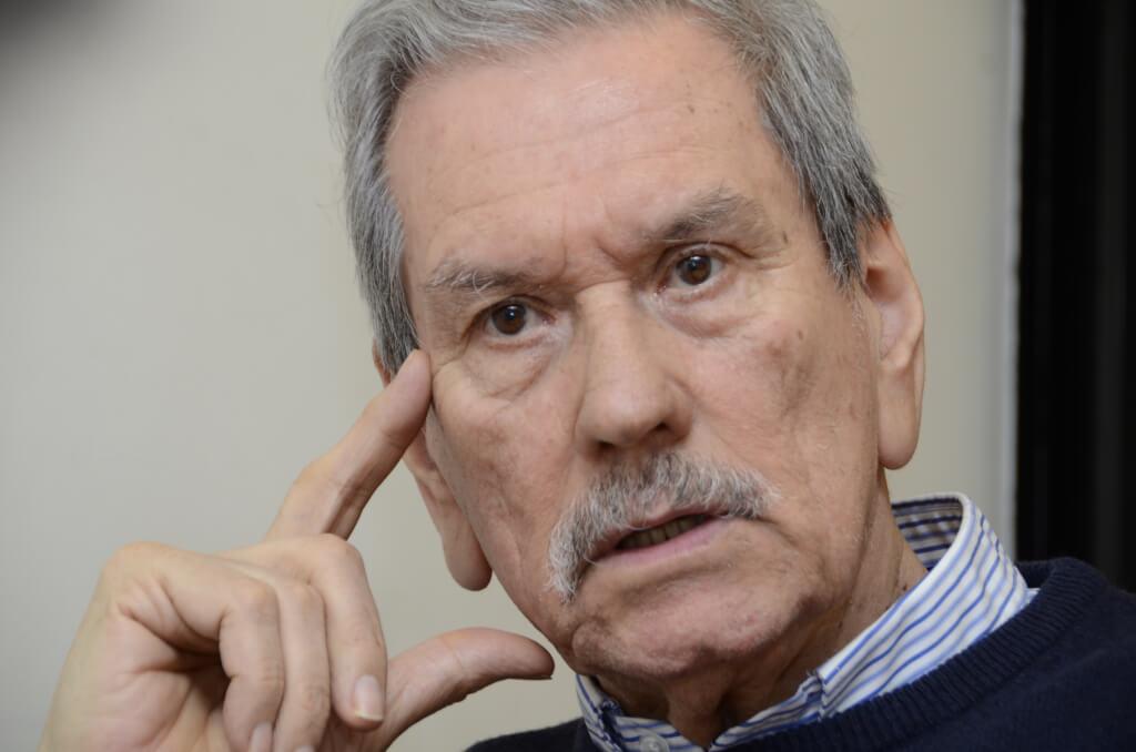 CARLOS ALTAMIRANO, INTELECTUAL ARGENTINO  En el mundo contemporáneo no es obvio qué es izquierda y qué es derecha